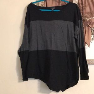 Ana 1X black and gray descending hemline sweater.
